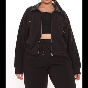 Fashion Nova set black with sweater and sweatpant